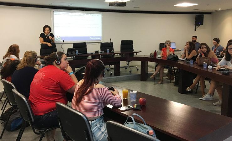 Voluntários do CISV conheceram os projetos da Secretaria. Países como Canadá e Estados Unidos estiveram representados