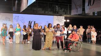Foto dos apresentadores do concurso.